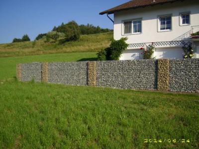 Aidenbach W, Zaun-Gartenanlage
