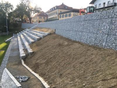 Büchlberg Sportplatz, Hangsicherung